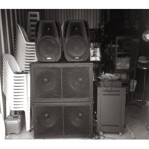 """Dual 15"""" Subwoofer with Amplifier"""