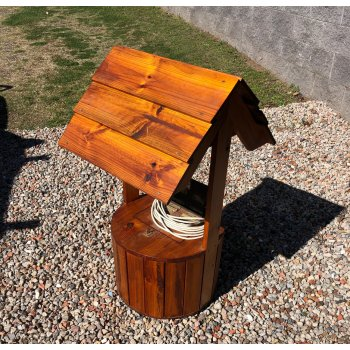 Premium Wishing Well Stained with Light